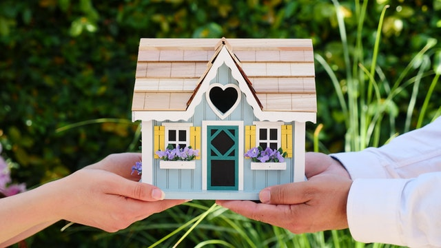 Common Mistakes People Make When Buying a House | Anna Gurevich Law