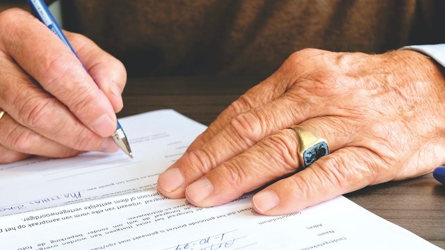 Why Hiring a Lawyer to Draft Your Will Is a Smart Idea   Anna Gurevich Law